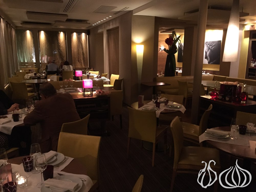 6-new-york-restaurant-paris442015-10-23-04-17-27