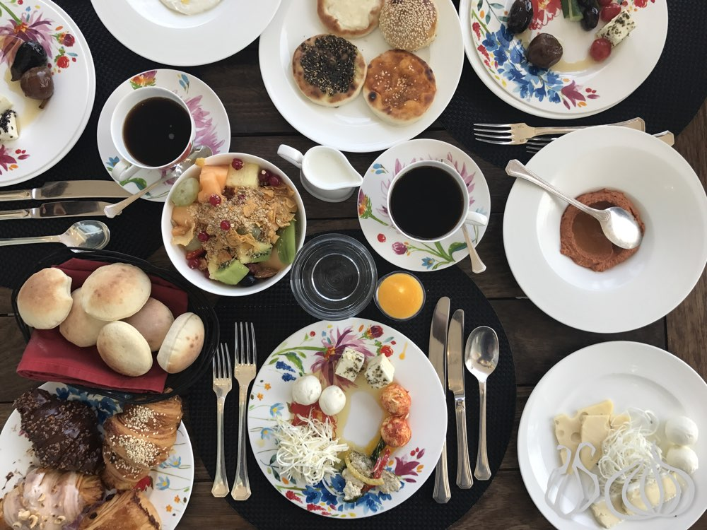 breakfast-four-seasons-hotel-grill-beirut302016-11-15-07-05-21