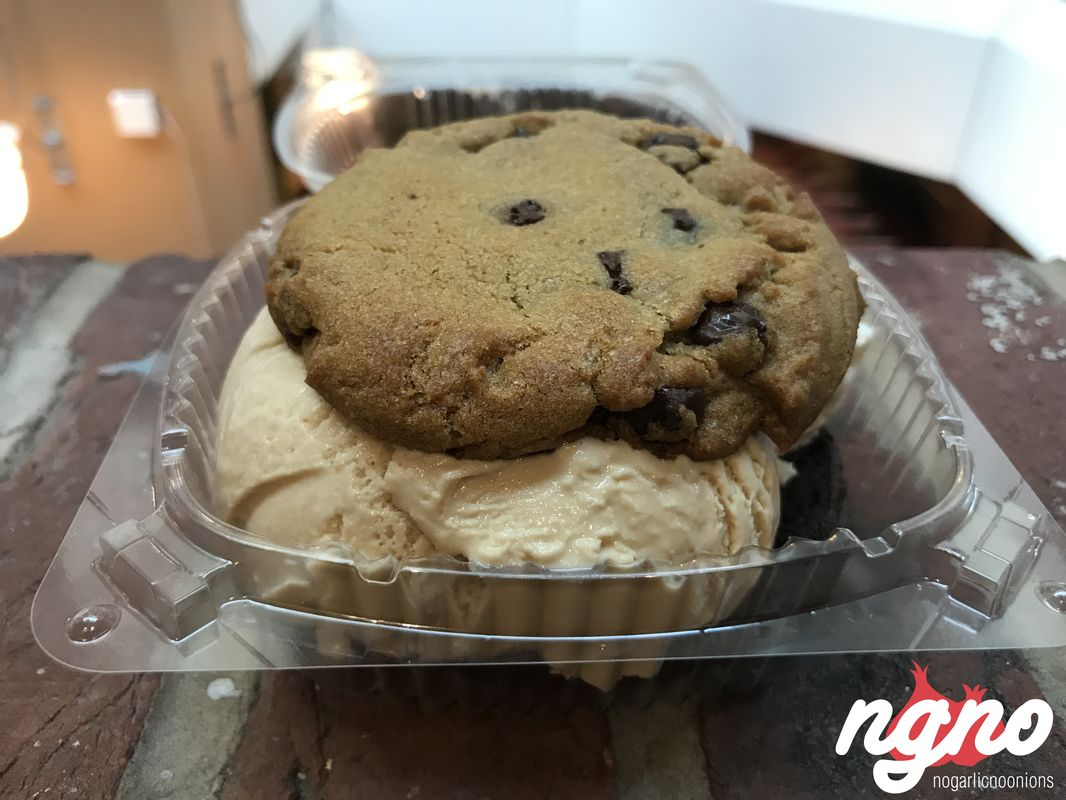 captain-cookie-washington52017-04-11-01-07-16