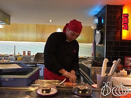 YoSushi: Fast Lunch at the Conveyor Belt