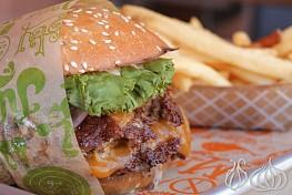 Super Duper Burgers: Not My Kind of Burger Joint