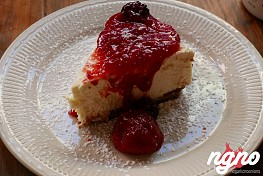 Bubby's: An Exceptional Blueberry Cheesecake!