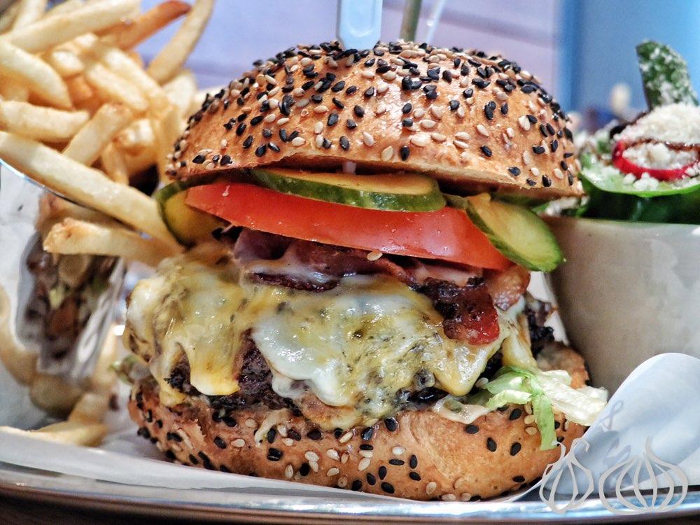 Burger&Lobster