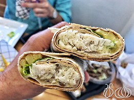 Quick Fish: Jbeil's Fish Sandwich Place