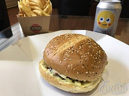 A Comparative Review: Cheeseburger for Lunch, 3 Places, 1 Winner!