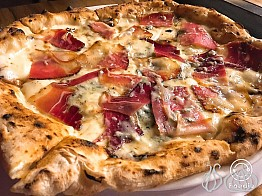 La PizzAria: From Napoli to Beirut with an Impact