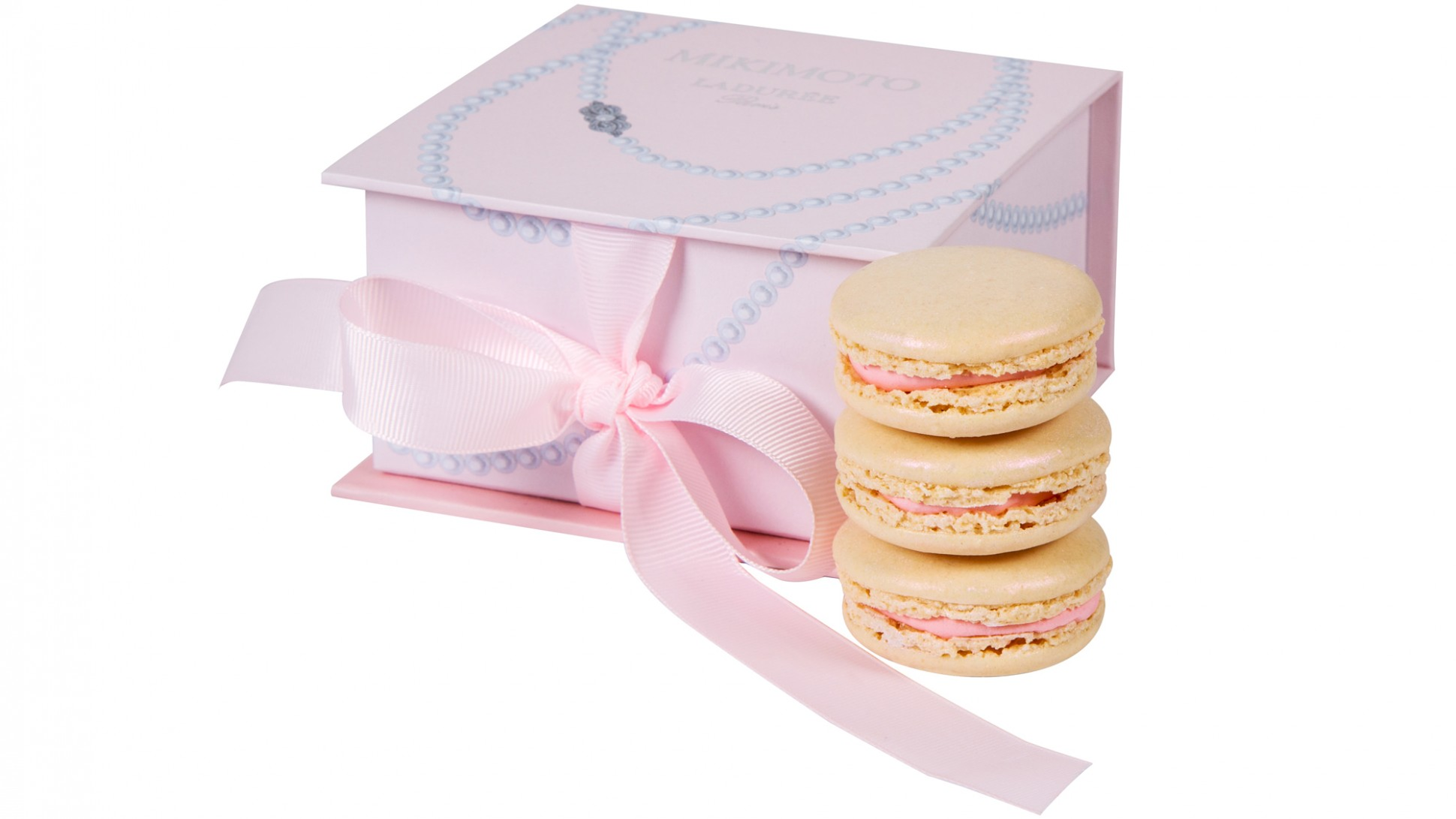 LADUREE_MIKIMOTO_MOTHERS_DAY_GIFT_IDEAS_1-1940x1091