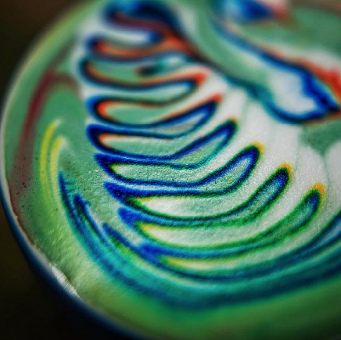 original_rainbow-latte-art-2