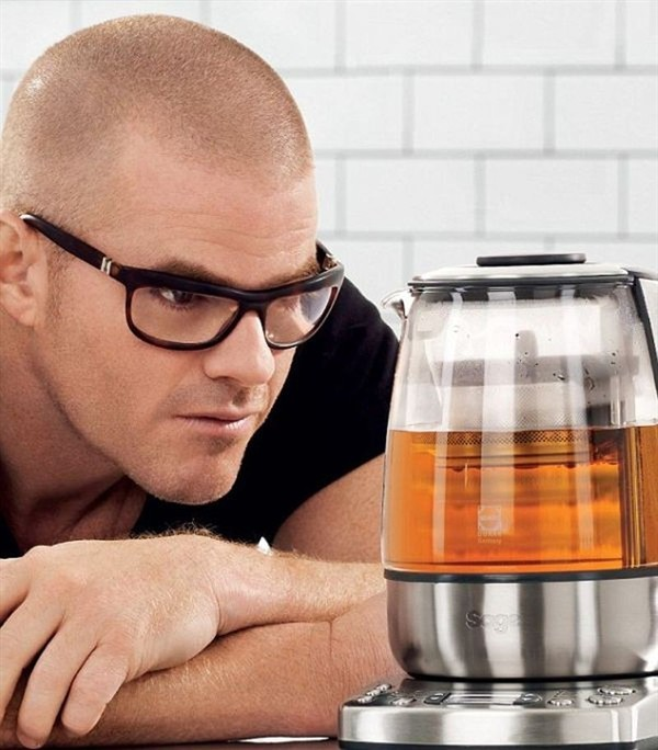 put-the-kettle-on-sage-tea-maker-by-heston-blumenthal_1