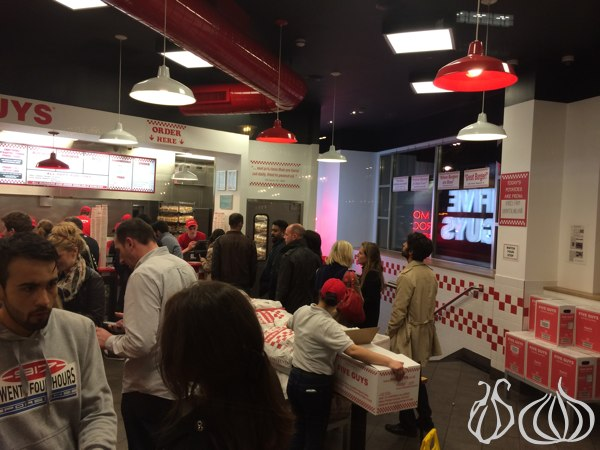 Five_Guys_Burgers_London03